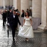 Sposi in Piazza San Pietro