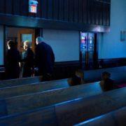 Uscendo dalla chiesa