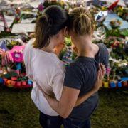 Tributo alle vittime di Orlando