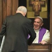 Papa Francesco in confessionale