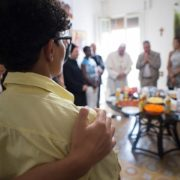 Papa: incontra 20 ragazze salvate dalla prostituzione