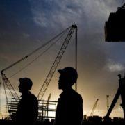 eliminare i lavoratori stranieri