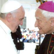 Papa Francesco e mons. Bettazzi