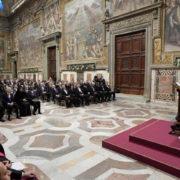 Papa Francesco riceve in udienza i membri accreditati del Corpo diplomatico per il tradizionale scambio di auguri. 9/1/17 (ANSA/L'Osservatore romano)