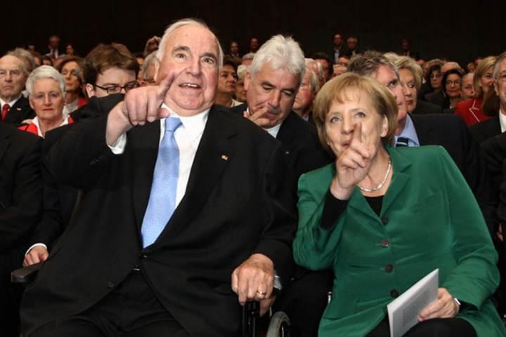 Merkel: Kohl ha cambiato la mia vita
