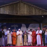 «La presenza di Dio oggi anche si dice Rohingya»