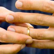 """triste """"formula di fede"""" intorno al matrimonio"""
