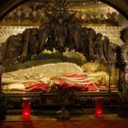 Tomba Ambrogio e martiri