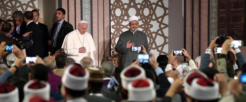 rapportarsi con i fedeli di altre religioni
