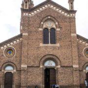 confiscava molti beni della Chiesa cattolica