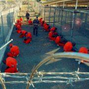 Chiudere Guantánamo Bay