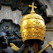 tiara papale